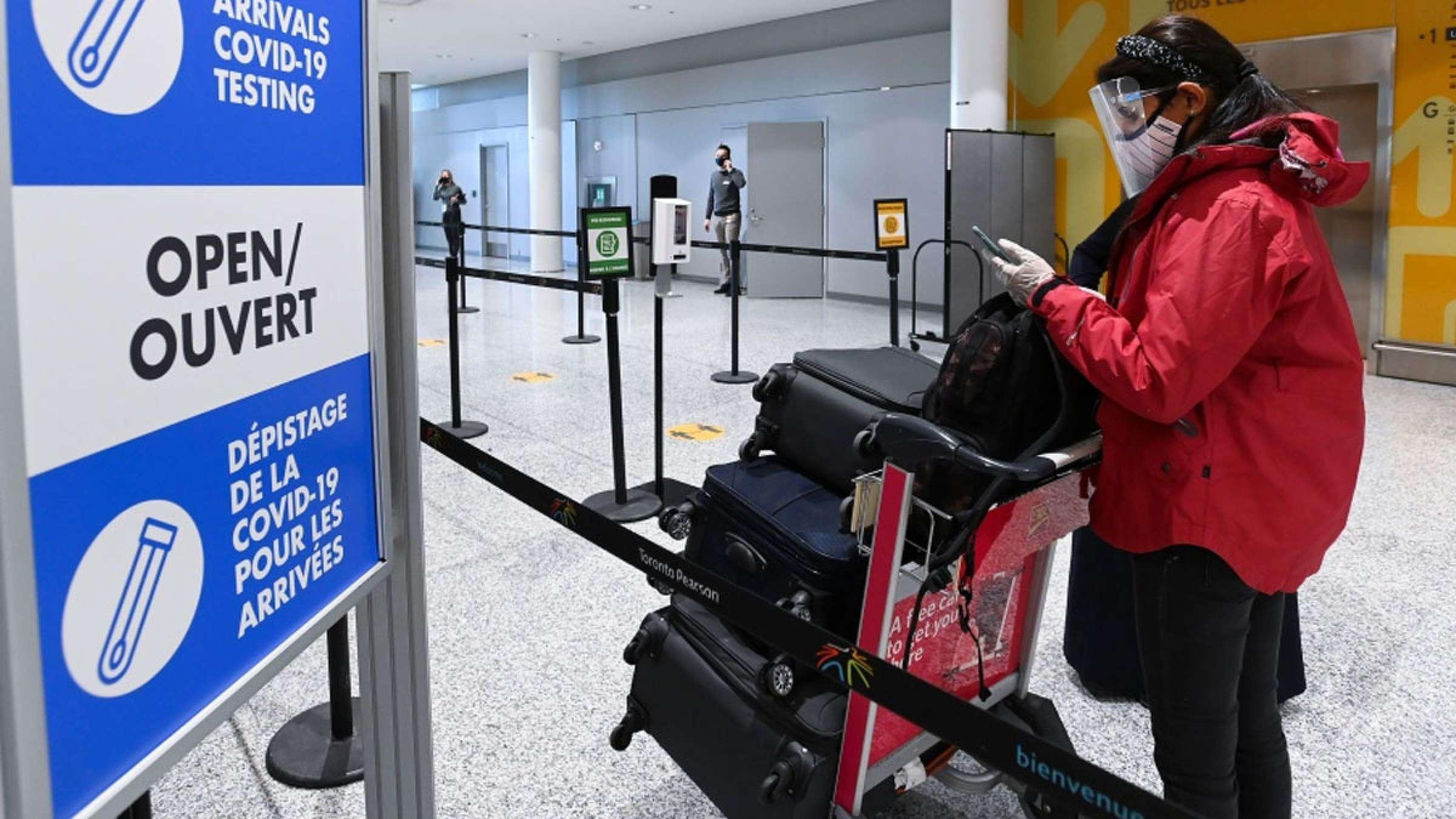 اخبار-تورنتو-خروج-مسافران-از-فرودگاه-بدون-قرنطینه-اجباری-۳-روزه-و-هتل-2000-دلاری