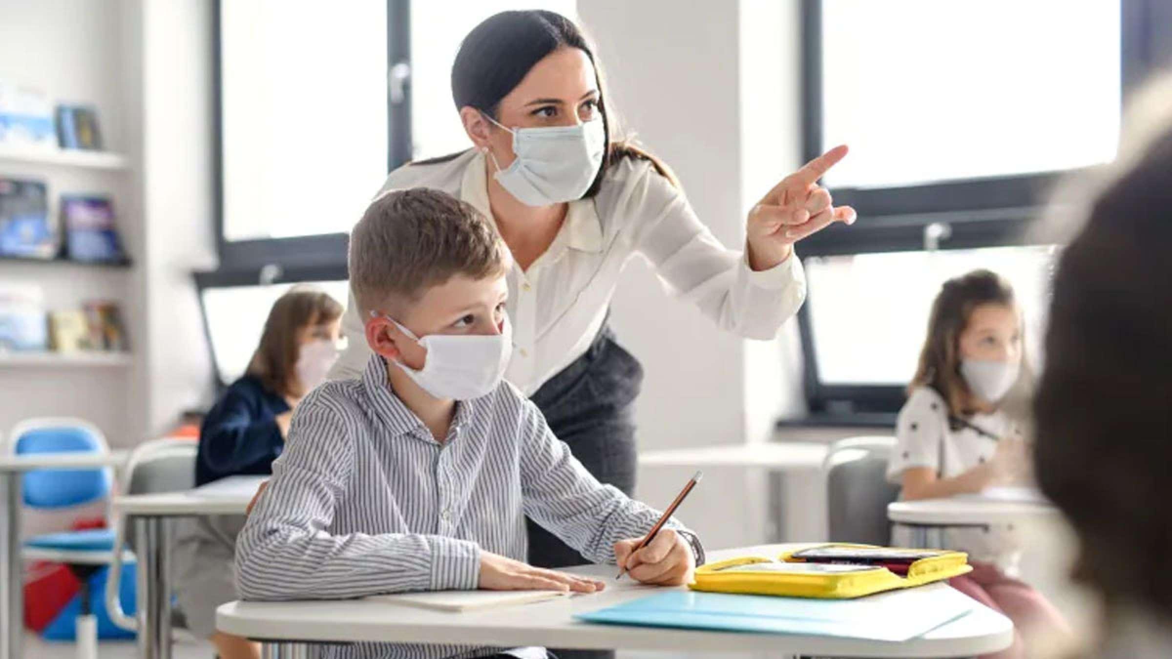اخبار-کانادا-مدارس-حضوری-انتاریو-و-کبک-امسال-تعطیل-شدند-دیدارها-به-پاییز