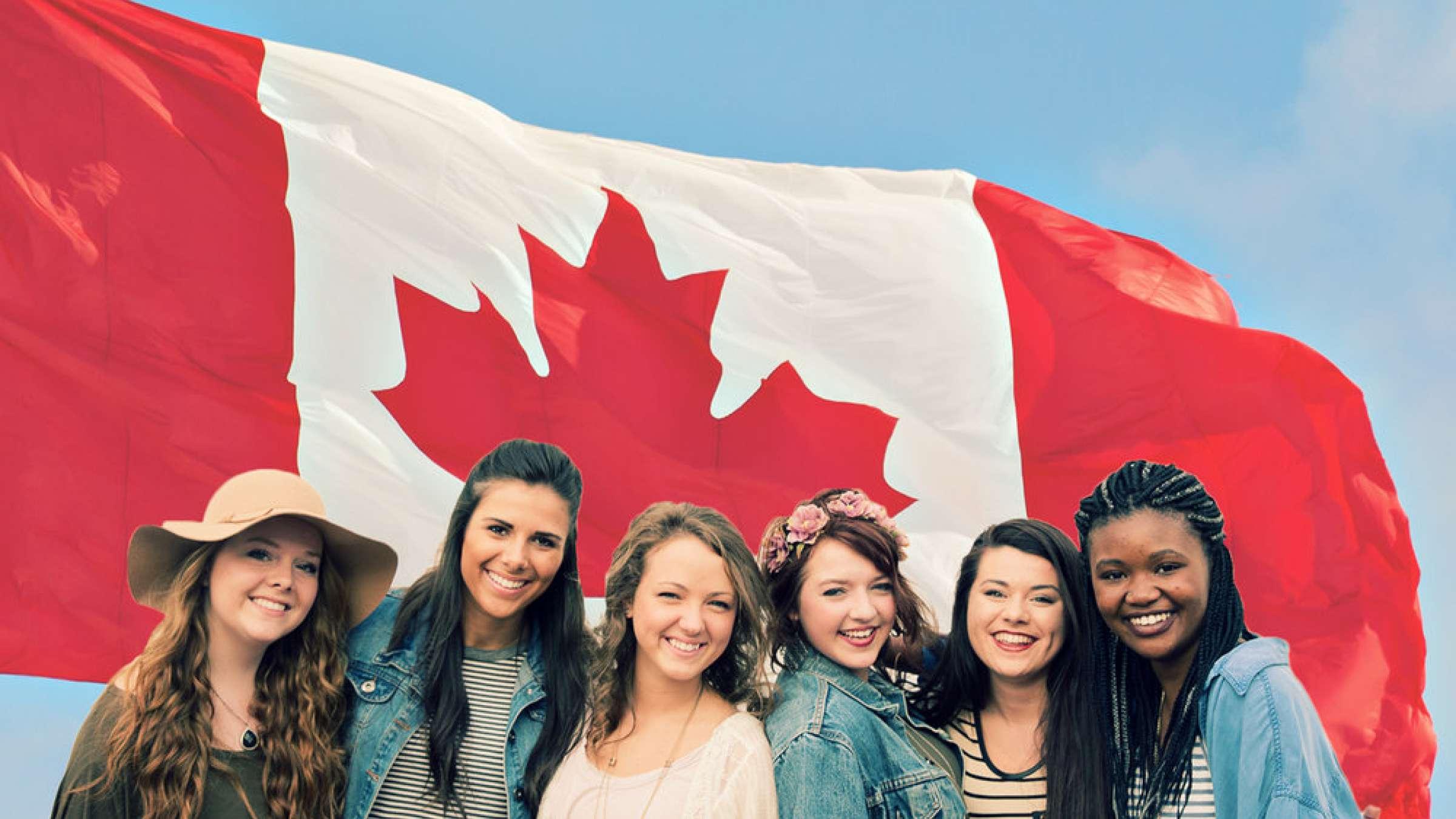 آسیب-گسترده-اشتغال-زنان-کانادایی-در-دوران-کرونا-انتقاد-از-برنامه-دولت-ترودو-برای-بازگرداندن-زنان-به- چرخه-اشتغال