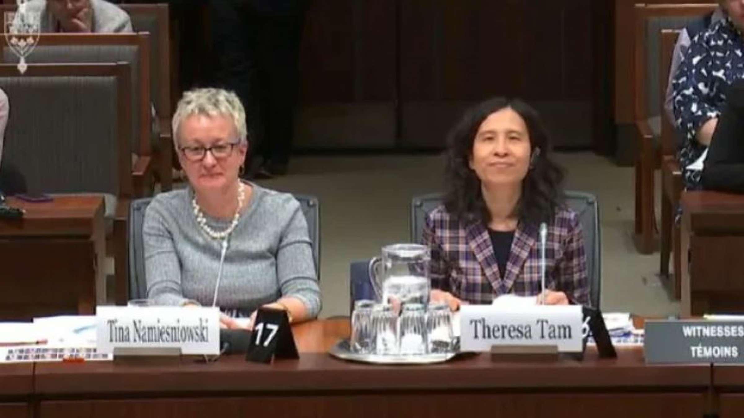 استعفاء-رئیس-آژانس-بهداشت-عمومی-کانادا-با-شیوع-دوباره-کرونا- انتقادها-از-بهداشت-عمومی-کانادا-چیست؟