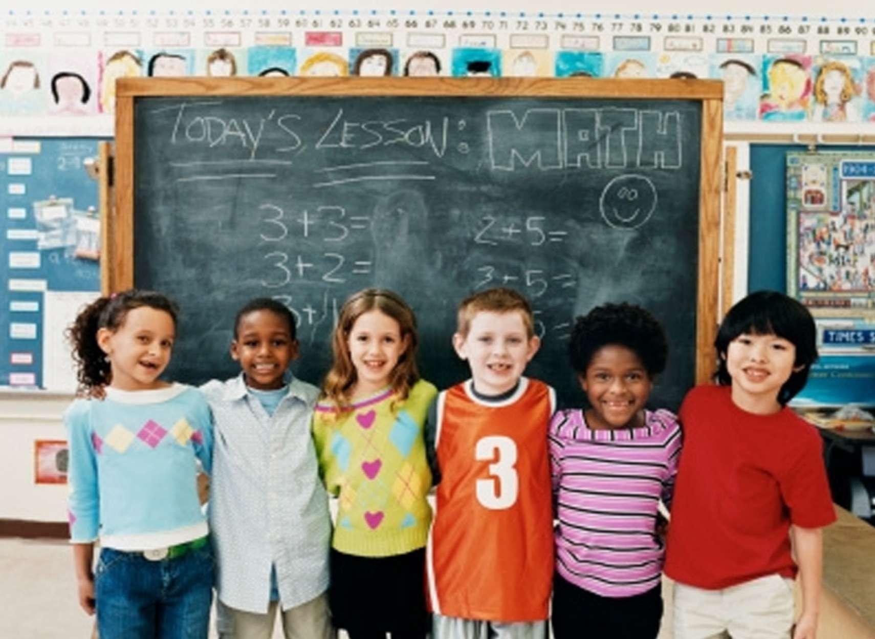 اخبار-تورنتو-انتاریو-در-5-سال-10-هزار-معلم-را-اخراج-میکند