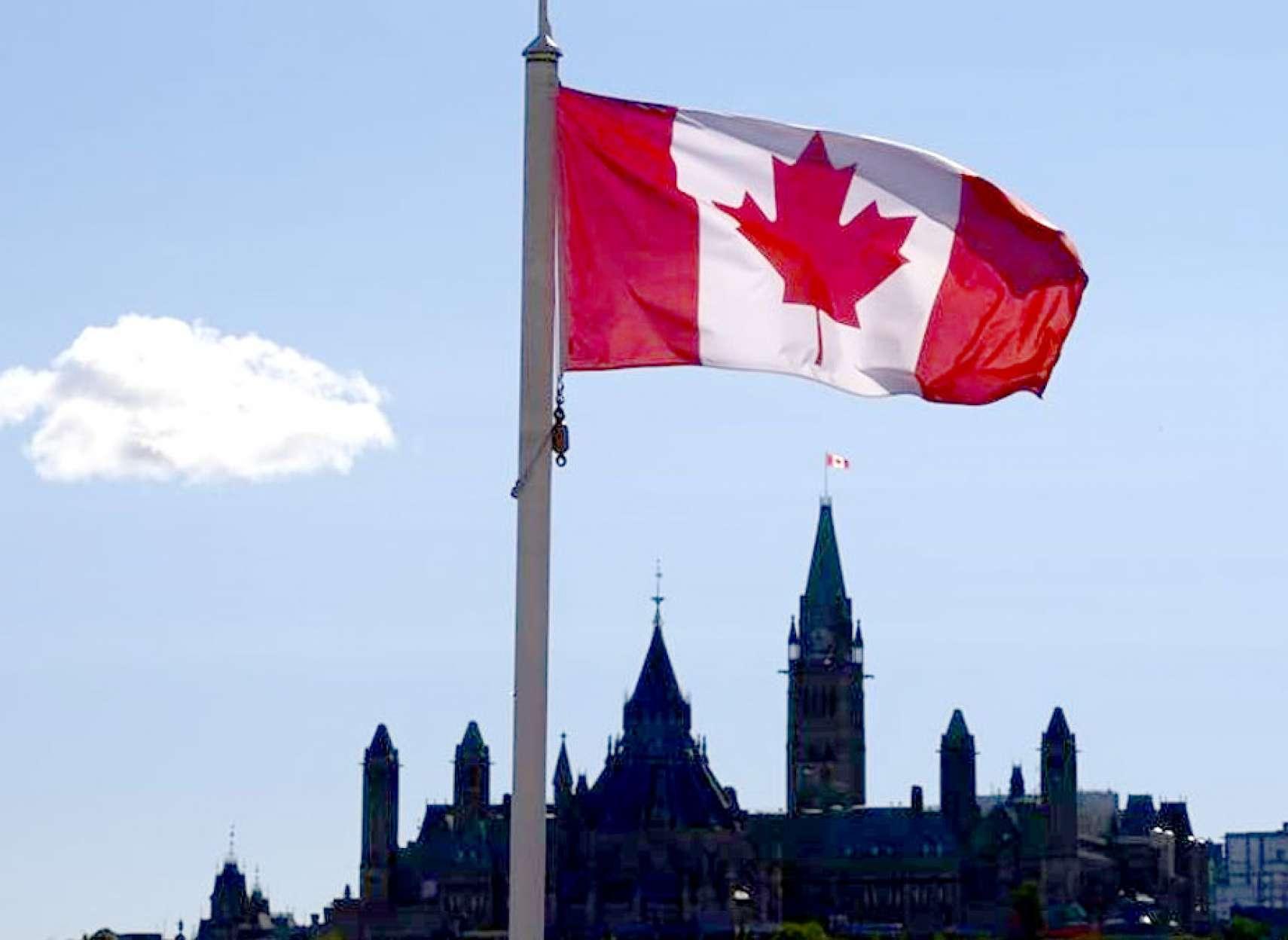 اخبار-مهاجرت-کرونا-بسیاری-از-تازه-مهاجران-به-کانادا-را-به-کشور-زادگاهشان-بازگردانده