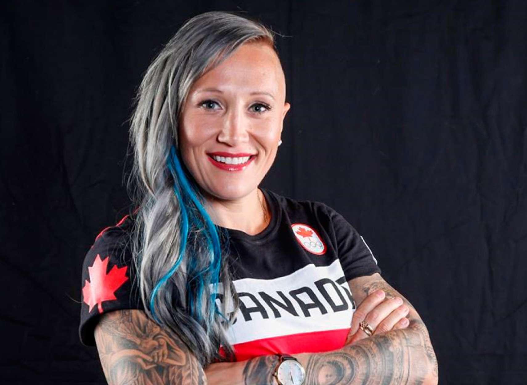 اخبار-کانادا-آیا-قهرمان-کانادا-با-پرچم-آمریکا-مسابقه-میدهد