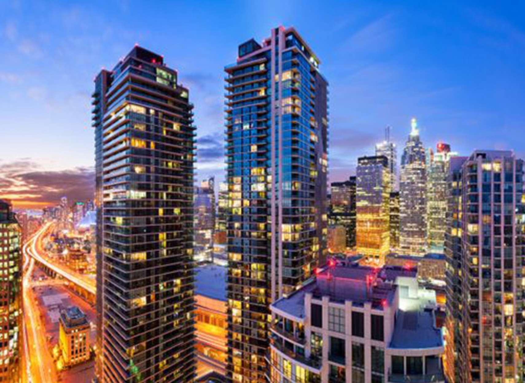 اخبار-کانادا-سقوط-قیمت-املاک-ونکوور-و-جهش-آن-در-تورنتو