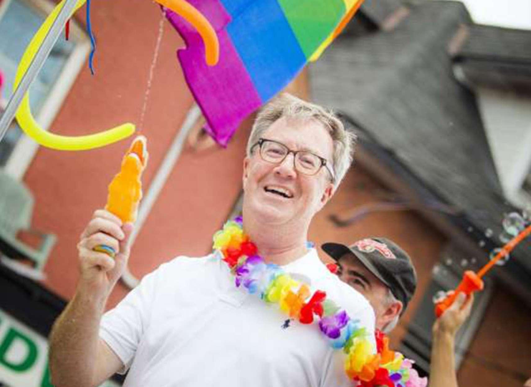اخبار-کانادا-شهردار-اتاوا-من-همجنسگرا-هستم