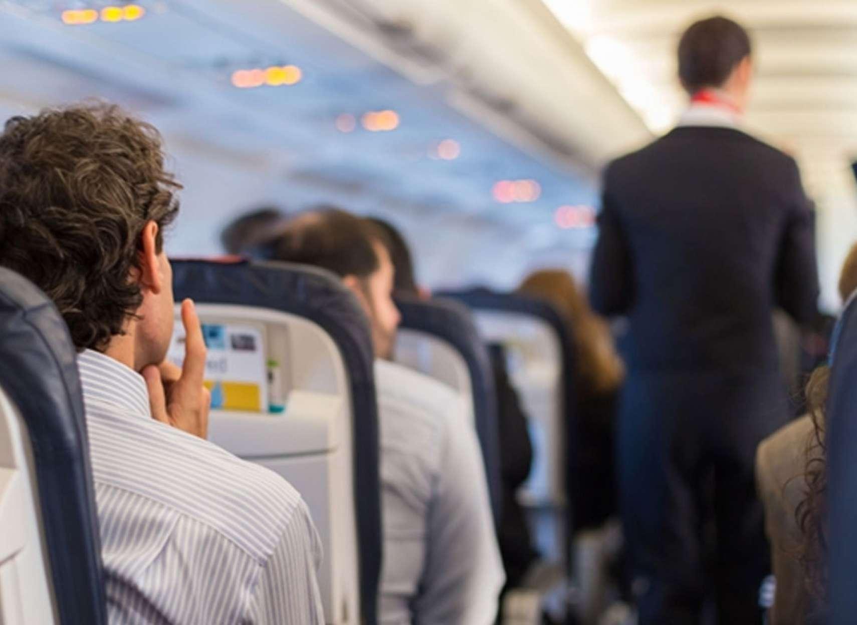 اخبار-کانادا-مسافران-۳۱-پرواز-ده-روز-اول-جولای-کانادا-ممکن-است-در-معرض-کرونا-بوده-باشند