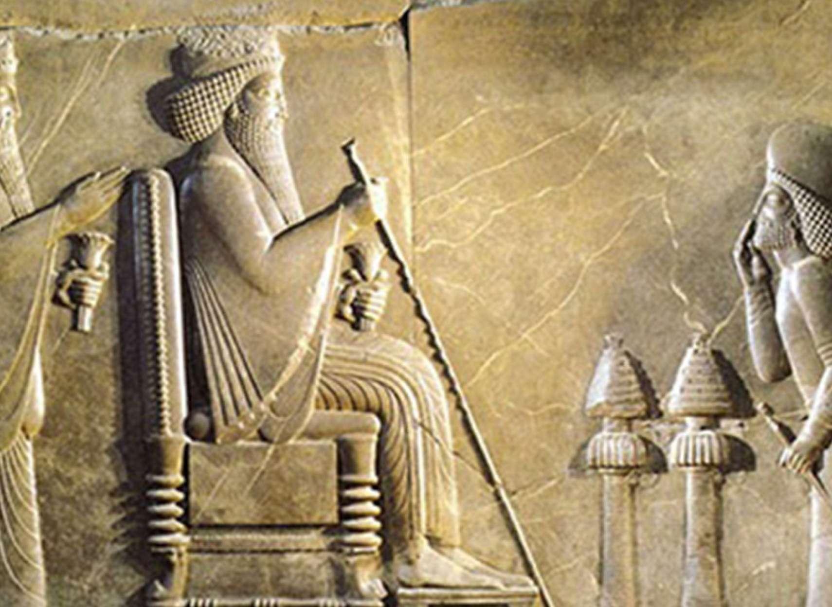 ادبیات-گلمحمدی-کمبوجیه-و-داریوش-بزرگ