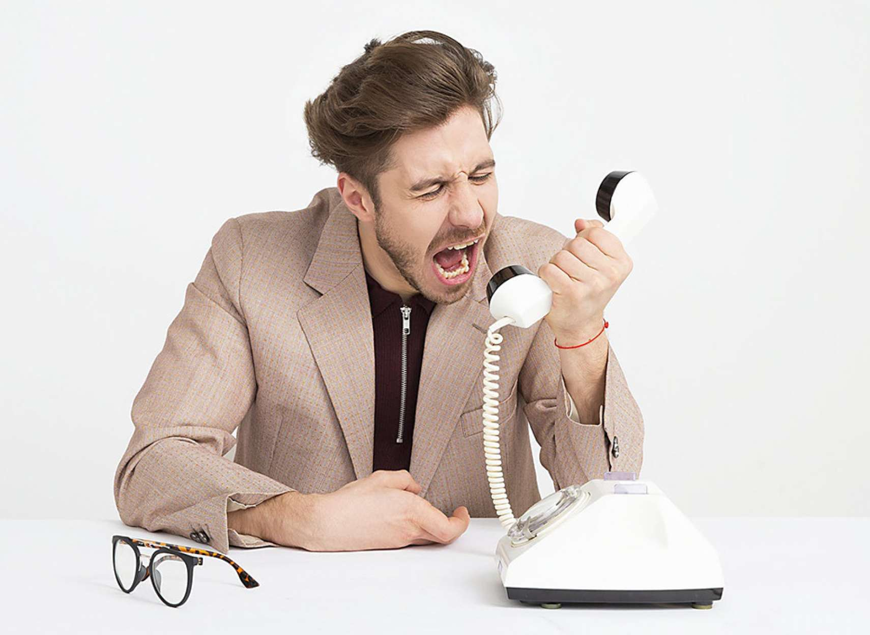 روانشناسی-داعی-شما-نمیتوانید-همسر-عصبانیتان-را-اصلاح-نمائید