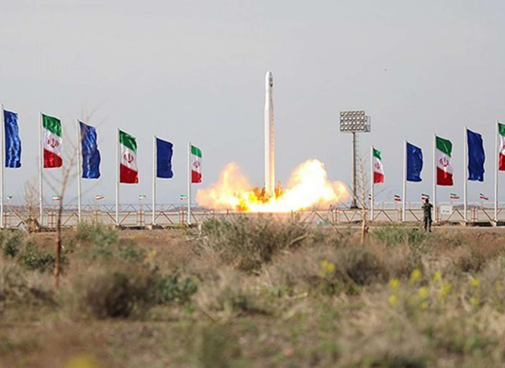 چرا-جمهوری-اسلامی-به-تبلیغات-درباره-پرتاب-ماهواره-نظامی-نیاز-دارد