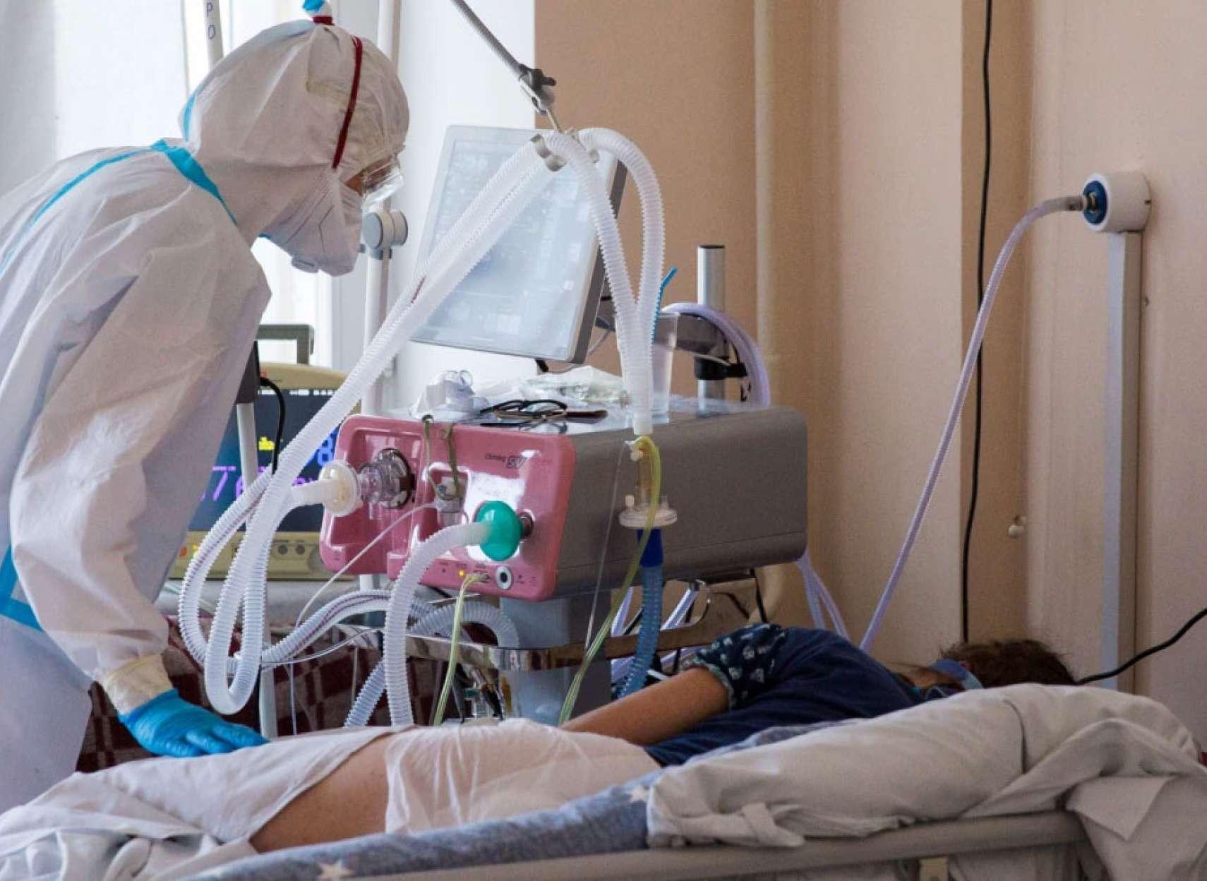 مطلب-کرونا-به-آنهایی-که-کرونای-شدید-می-گیرند-در-بیمارستان-دقیقا-چه-می-گذرد