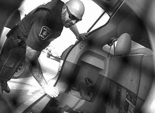 این پلیس خلافکار تورنتویی کوکائین قاچاق میکرد و اطلاعات میفروخت