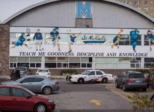 خبر-تورنتو-دانش-آموز-پسر-همراه-دوستانش-تجاوز-در-مدرسه-کاتولیک-تورنتو-مقصر